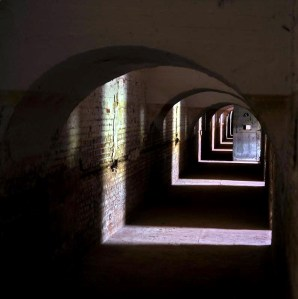 © Foto Gelu Coltau: Fragmente de Lumina - www.laprintarie.ro